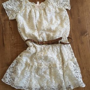 Little Girls GB lace dress with belt
